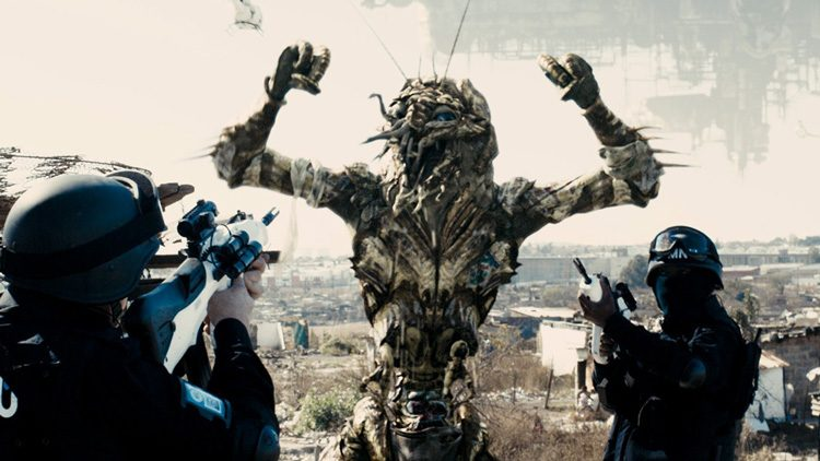 Top películas sobre aliens que vienen a la Tierra. Distrito 9 (2009)