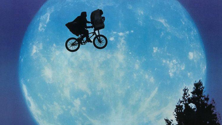 Top películas sobre aliens que vienen a la Tierra. E.T: el extraterrestre (1982)