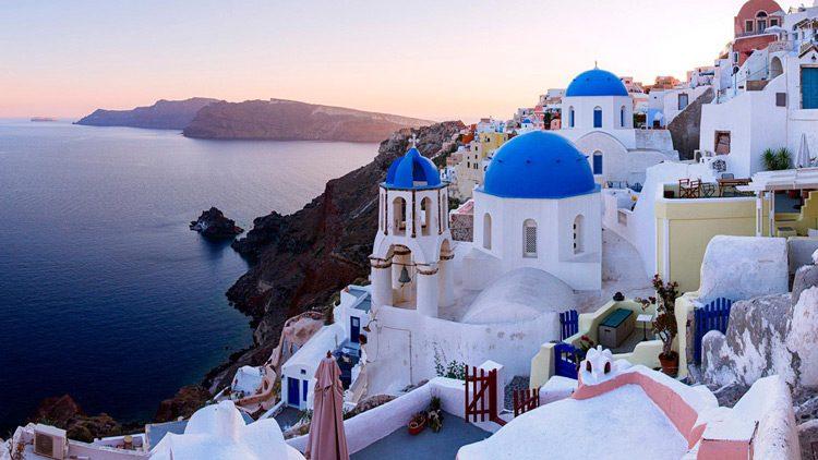 Top 10 islas más alucinantes del mundo. Santorini (Grecia)