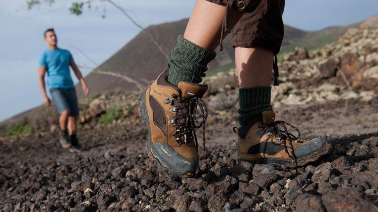 Ir a la montaña, un plan cojonudo que hacer con tus amigos en cualquier momento del año.