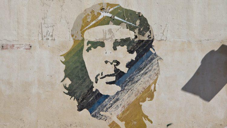 """Las citas célebres más geniales de todos los tiempos. """"Es mejor morir de pie que vivir arrodillado"""". Che Guevara"""