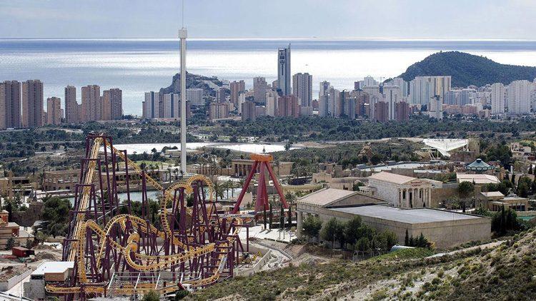 Los mejores parques de atracciones para el verano en España. Terra Mítica Benidorm