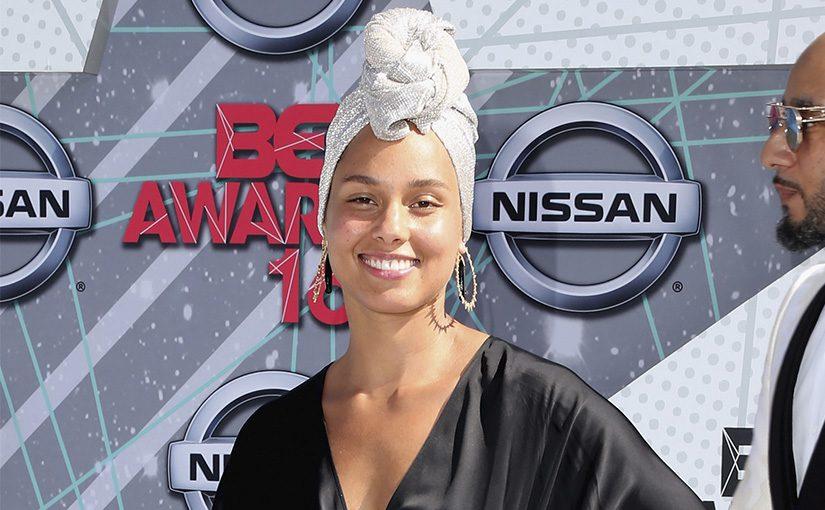 Alicia Keys se muestra orgullosa de su cuerpo imperfecto