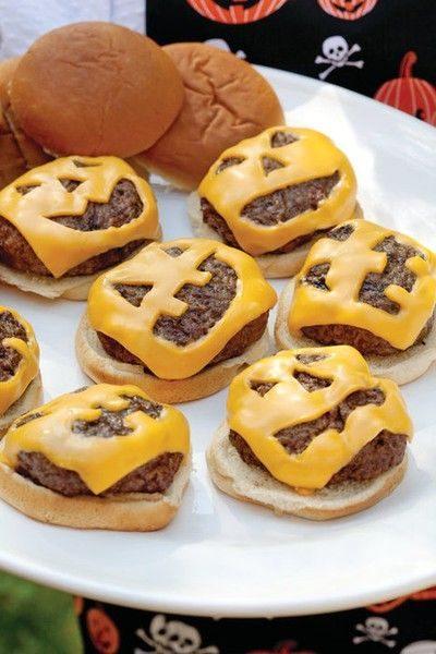 recetas-para-halloween-menu-de-muerte-mini-hamburguesas