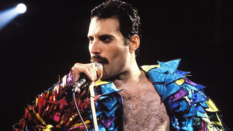 Freddie Mercury, celebritie que falleció por VIH