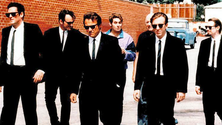 Little Green Bag es el tema que a todos se nos viene a la cabeza al ver esta imagen de Reservoir Dogs