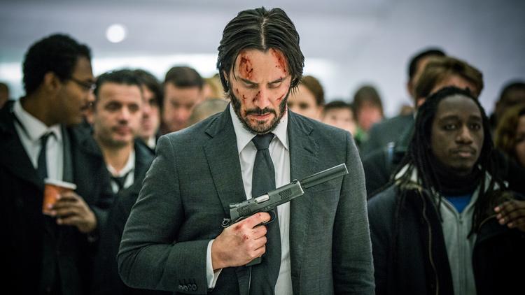 Keanu Reeves vuelve a interpretar a John Wick en la secuela con el título Pacto de sangre