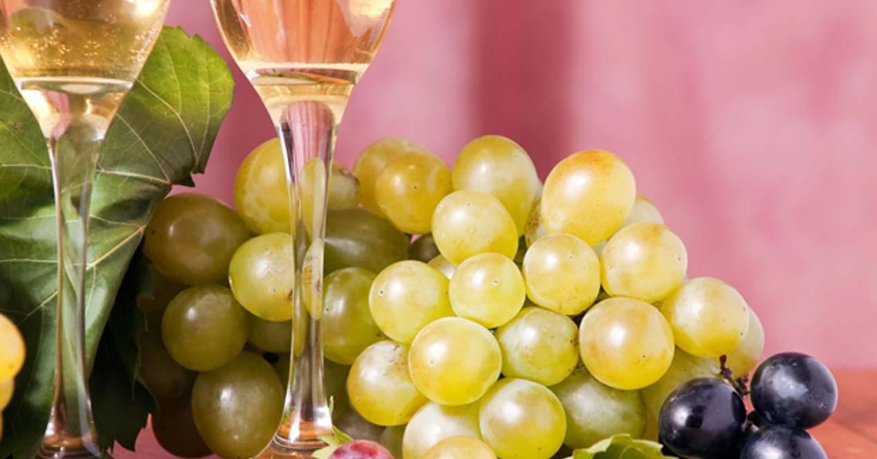 Tomar 12 uvas en Nochevieja